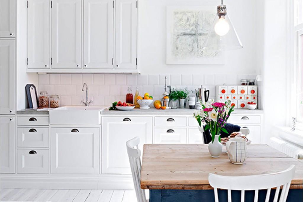 Вся в белом! Кухни в светлых тонах